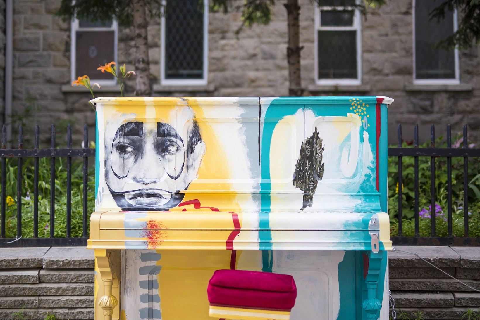 Saint-Denis Street - Piano